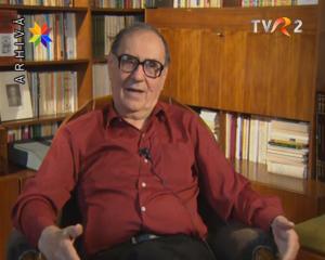 Stefan Augustin Doinaş in timlul filmarilor cu Cleopatra Lorintiu