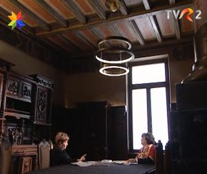 In timpul filmărilor pentru emisiunea Alteritate.Secolul 21. Alina Ledeanu si Cleopatra Lorintiu, la Casa Ion Mincu, sediul ordinului Arhitecţilor din România.
