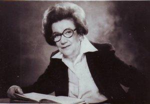 prof.Ana Aslan