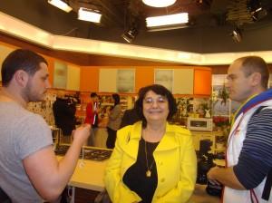 Cleopatra Lorintiu in studioul televiziunii Samanyolu,Istanbul februarie 2013