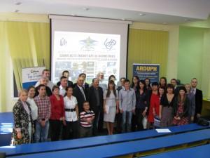 Grupul de doctoranzi ,studenţi şi conferenţiari de la Scoala de vara