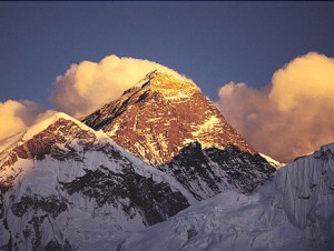 himalaya_everest_mountains_bojor