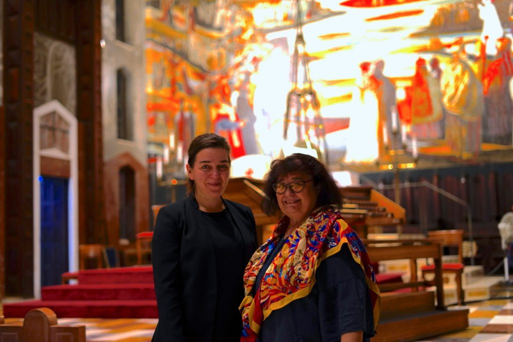 Cleopatra Lorintiu Director adjunct ICR Tel Aviv si Erzsébet Windhager-Geréd, la Nazareth